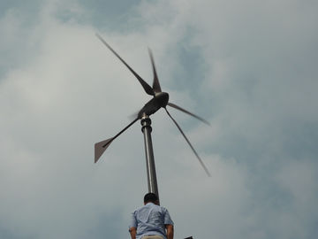 Off Grid 48v Household Wind Turbine , 1KW House Windmills For Electricity