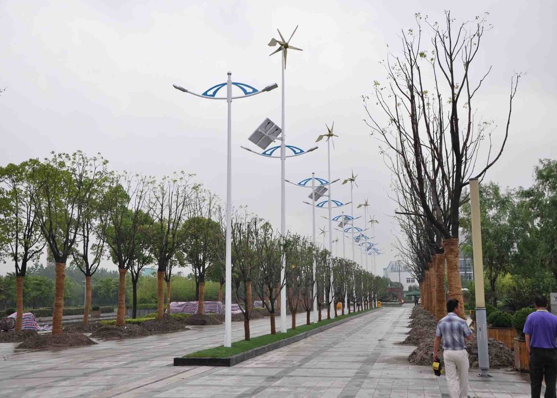 MPPT Hybrid Solar And Wind Energy System , Solar Power Windmills For Home Use